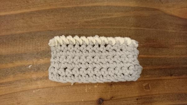 かぎ針編みの縁の始末4種<前半>バック細編みとねじり細編み